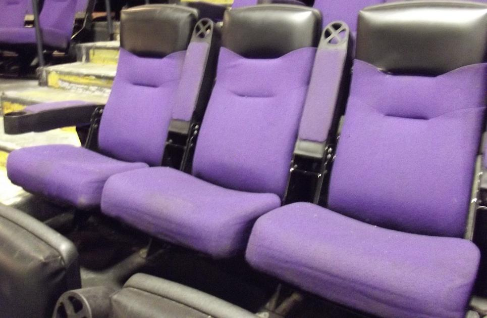 Lot of 500 theater seating auditorium seats movie chairs for Sofa 500 euro